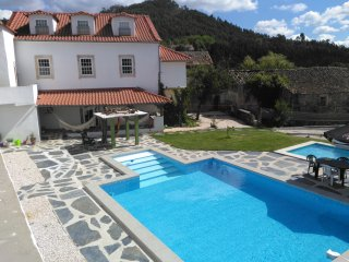 9Arches - House with pool - in the heart of Portugal
