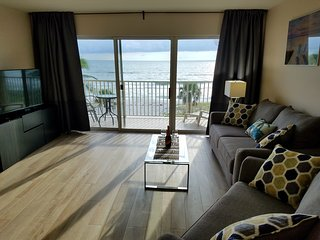 Renovated Beachfront Condo with Spectacular Ocean View