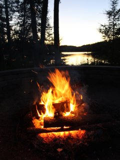 A camp fire in the evening