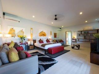 Exquisite 3 Bedrooms Private Villa Seminyak