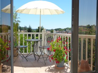 Luxury holiday apartment in Sarlat-la-Caneda.  Matisse, Maison Pierre D'Or
