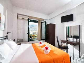 Limenas Hersonissou Apartment Sleeps 2 with Air Con and Free WiFi - 5677283