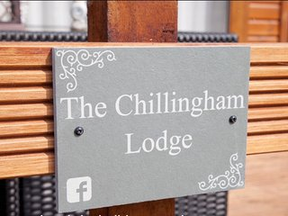 The Chillingham, Felmoor Park Luxury Hot Tub Lodge