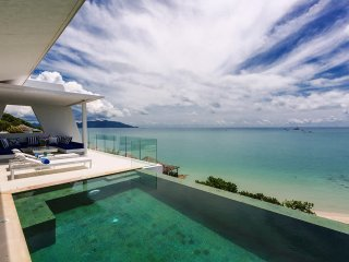 Panoramic Sea View, Beside The Beach - Villa Dahlia