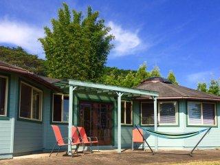 Aina Mana Hale (home on land of sacred power) 3 bdr 2 bath ocean view home