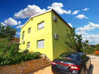 Apartment 13334