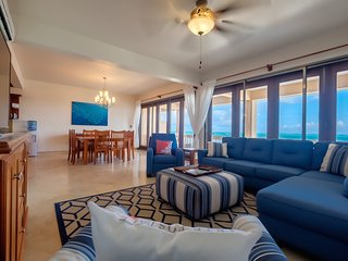 15% off Jan-Feb Special! Luxury oceanfront condo w/ 3 pools. Family-friendly!