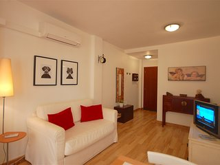 ATTRACTIVE APARTMENT IN COSTA BRAVA