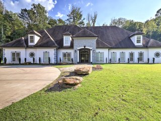 NEW! Luxurious 7BR Atlanta Home on 7-Acre Estate!