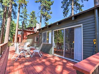 Glenbrook Cabin w/ Porch - Close to Lake Tahoe!