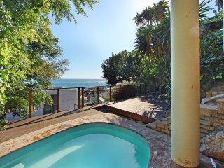 PANACEA: Villa with magnificent sea views and jacuzzi