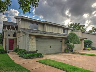NEW! 2BR Oklahoma City Townhome - Walk to Lake!