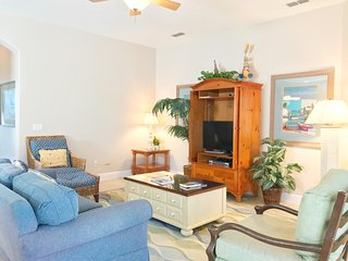 Homestead Cypress - 4br, Pvt Screened Pool/Spa, Grill, FREE Waterpark Access