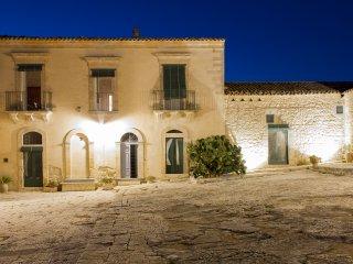 Casa del Grano - Appartamento in Masseria Ragusana 6 posti letto