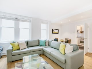 Marylebone High Street Apartment Sleeps 4 - 5777580