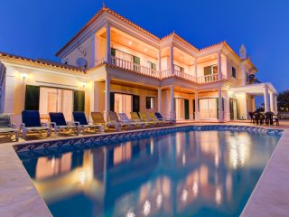 5 Bedrooms Villa with pool in Galé - Albufeira - Algarve