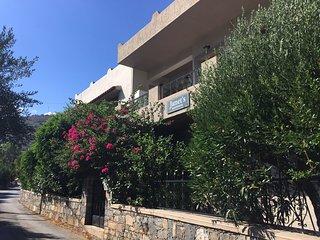 Janet's Apartments Elounda