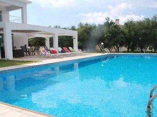 Villa Agiou Georgiou Tessera
