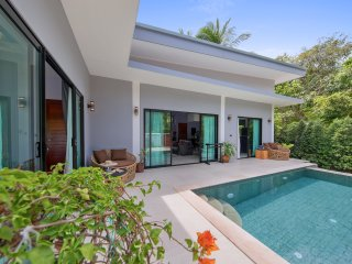 Villa Baan Bua. South Samui Hide-away 3 bedrooms and private pool
