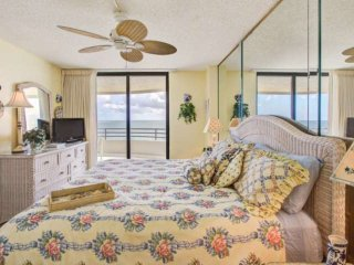 SMILE :) 11th Floor Direct Ocean-Front Cheery Unit at SandDollar in Daytona