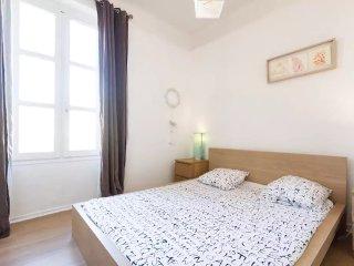 Gambetta Apartment 1