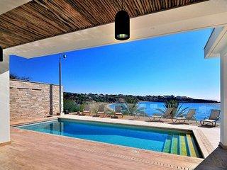 Villa Morfou Dyo
