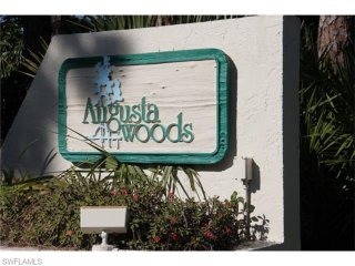 Naples Condo near beaches and downtown 5th Avenue!