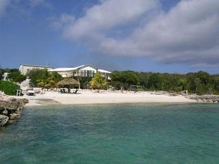 Grotto Bay - Affordable Luxury On A Private Beach!, holiday rental in Deadman's Cay