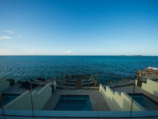 Cable Beach Cliffs | Private Pool & Ocean Access