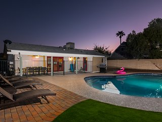NEWLY REMODELED 2017. Central Scottsdale w/ Pool