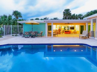 Palm Oasis - Relax in Comfort - 1 rental per calendar month