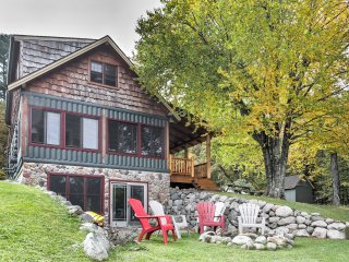 NEW! Lakefront 1BR Mercer Cabin w/ 2 Lofts!