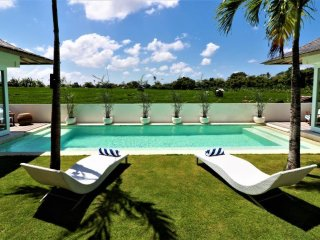 CHICANE VILLA_Coastal Chic_2BDR/Private POOL_Walk to BEACH_Nth SEMINYAK/CANGGU