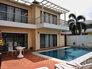 Amazing 3-bedroom villa in Bangtao with private pool