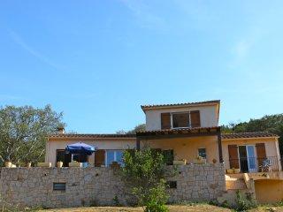 Location estivale villa 4-6 personnes vue mer à 2mn à pied plage