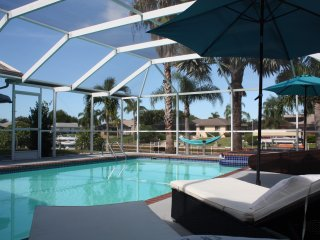 THE ILLOURA.LOFT STYLE.WATERFRONT.ELECT&SOLAR POOL