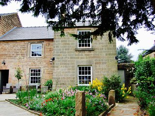 Rose Cottage Holiday Home
