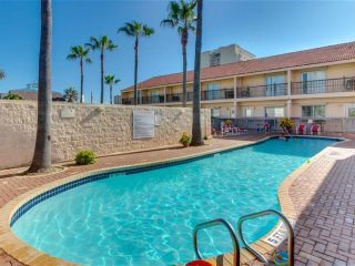 Affordable FAMILY townhome, across the street from the BEACH! The Dolphins!