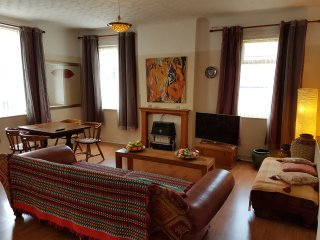 Casa da Ana - Bed and Breakfast, holidays service apartment or house, Liverpool