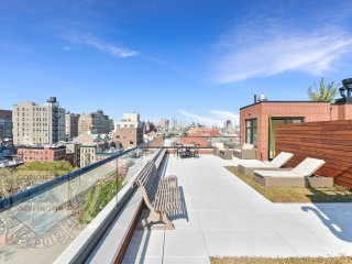 NY Penthouse with Lovely Rooftop Terrace