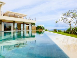 Villa Gumamela - Gorgeous Luxury Retreat in Candidasa