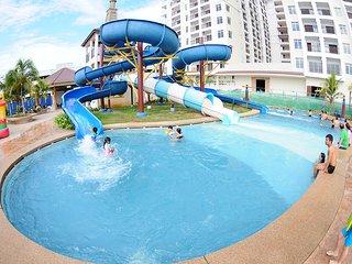 Bayou Lagoon Park Resort - 3 Bedroom Apartment (Pool View)