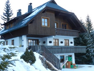 Haus Franz Apartment   Near Sky Slopes  4 people