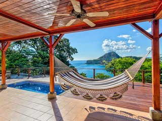 Oceanfront treehouse-style home w/ private pool, huge deck, easy beach access