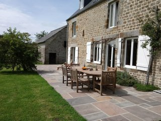 Fully refurbished rural 4 bed holiday home with swimming pool near Sourdeval