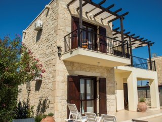 Stunning villa with private pool,sea & mountain view,3bedrooms,BBQ,wifi