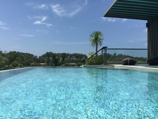 MOST PRESTIGIOUS LUXUS POOL PENTHOUSE, 3 BR, 400m to BANG TAO BEACH