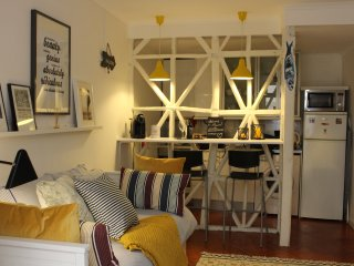 Studio in the Heart of ALFAMA!