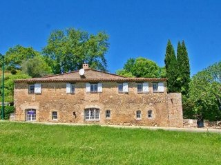 Villa Moulin, a unique renovated olive mill in the village of Flayosc, France