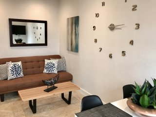 OCEANFRONT Quiet 1Bedroom Apartment in South Beach w/POOL